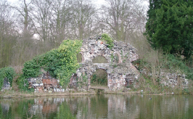 The_Grotto,_Wanstead_park_-_geograph.org.uk_-_46332