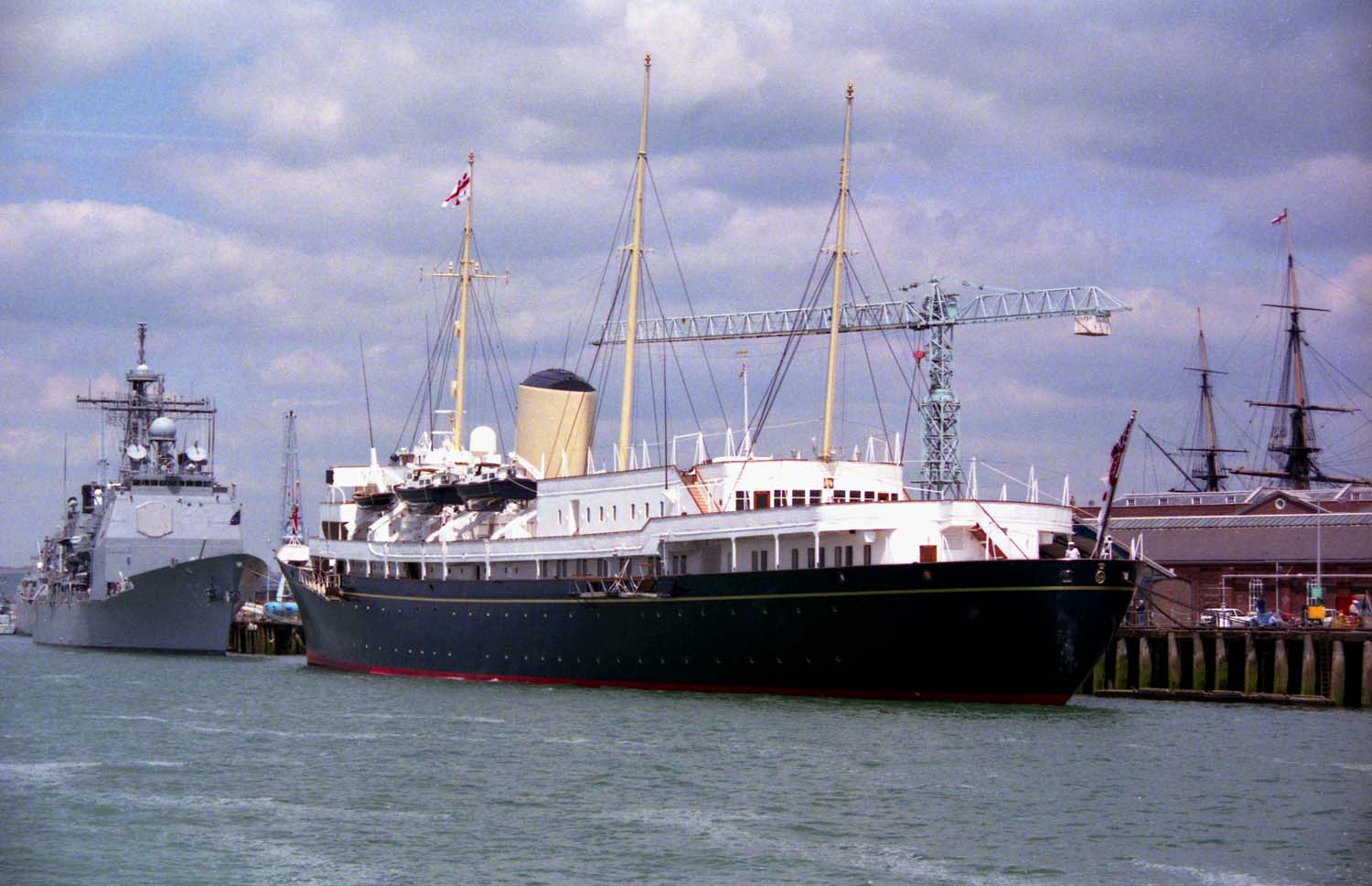 The_Royal_Yacht_Britannia_in_Portsmouth_-_geograph.org.uk_-_1702549
